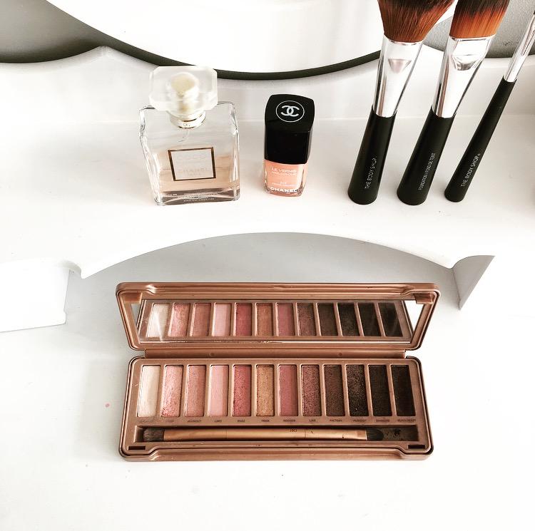 Goede Get your make-up dressoir organized | II-79